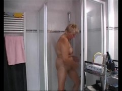 Busty chubby milf in the shower - Julia Reaves Thumb