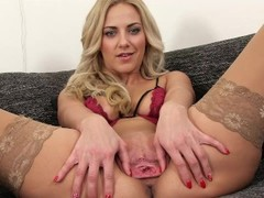 PJGIRLS Macro pussy - Exploration deep inside Nathaly s pussy with speculum Thumb