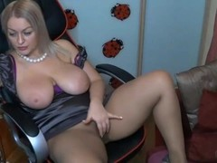Chubby Milf Fingers Ass Cam Model Thumb
