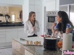 Twistys - Jelena Jensen , Kimmy Granger - milf makes shy teen eat her out Thumb